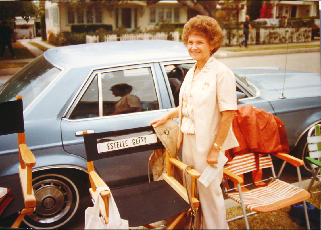 Estelle on the set of MASK